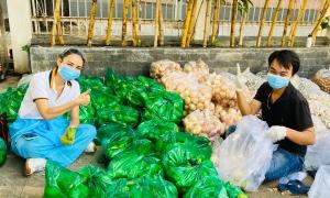 Hoa hậu Ngọc Diễm khởi xướng dự án '10 tấn thực phẩm 0 đồng'