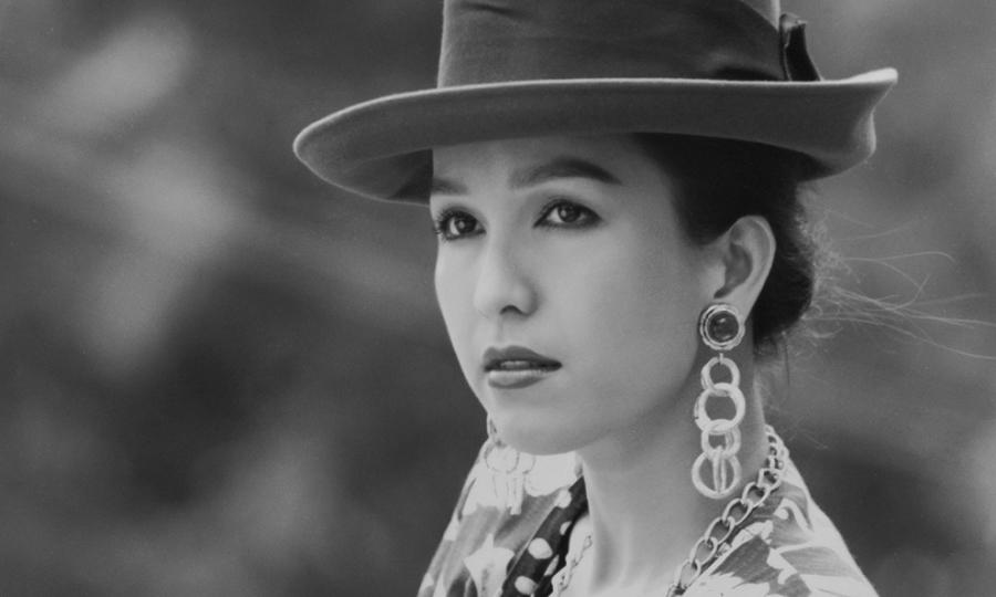 Nhan sắc nức tiếng của 'Nữ hoàng ảnh lịch' Diễm My thập niên 1990