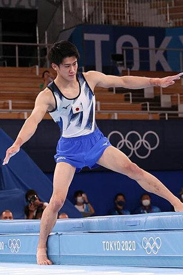 Tranh cãi quanh HC vàng thể dục dụng cụ của VĐV Nhật