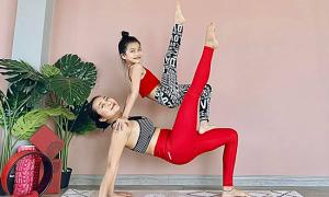 Con gái 8 tuổi của Ốc Thanh Vân đam mê yoga