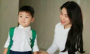 Ảnh sao 6/9: Mẹ con Hòa Minzy hưởng ứng ngày tựu trường