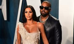 'Kanye West từng ngoại tình với một ca sĩ'