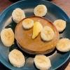 Tóc Tiên pha bột bánh pancake chuối 'siêu tốc'