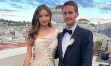 Chồng tỷ phú muốn Miranda Kerr sinh thêm con