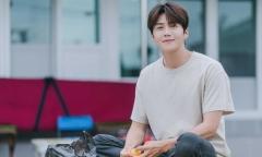 Tin đồn Kim Seon Ho nhập viện