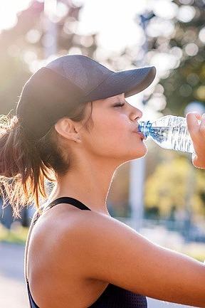 6 lý do nhắc bạn uống đủ nước mỗi ngày
