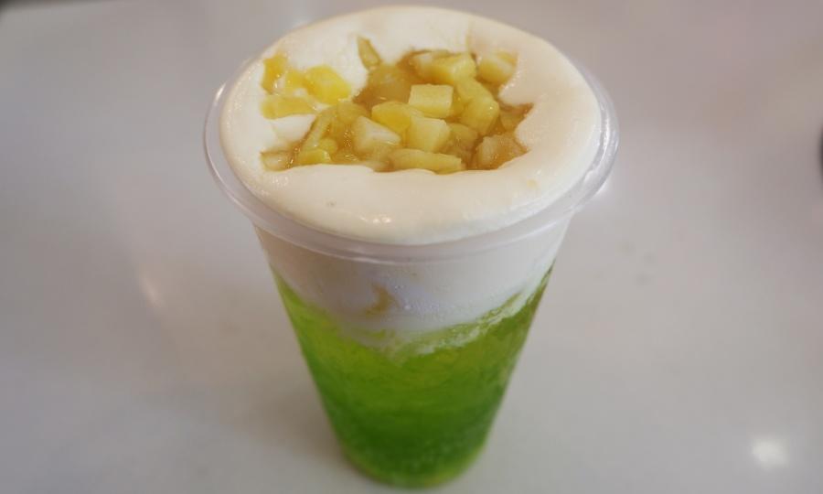Xoài xanh muối ớt - thức uống gây 'sốt' ở Sài Gòn